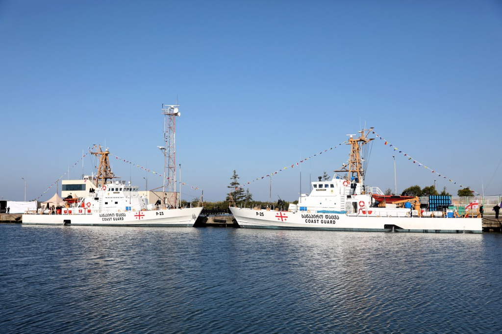 Продолжается подготовка экипажей патрульных катеров типа Island, - Минобороны - Цензор.НЕТ 3069