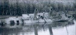 Ледокол у дамбы Иргкутской ГЭС_1980 год