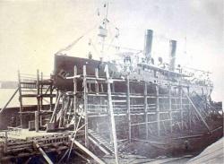 Сборка ледокола в посёлке Лисвеничное