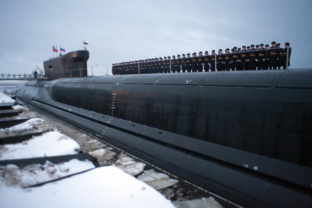Marinha da Rússia recebe novo submarino estratégico classe Borei – Aleksandr Névski
