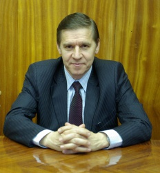 Анатолий Белоев