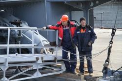 Рабочие Кронштадтского морского завода