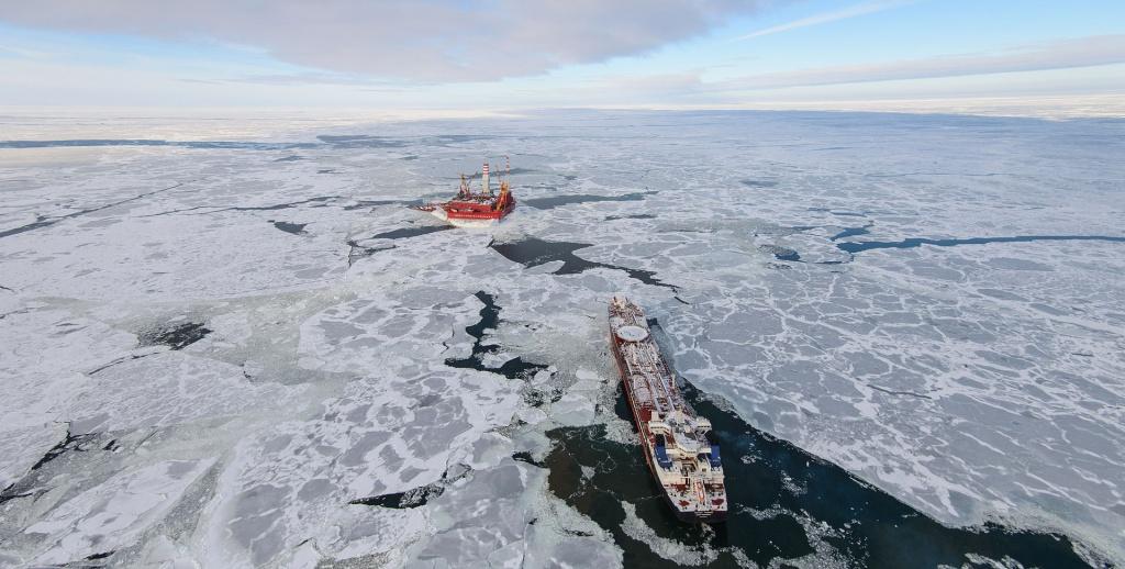 Exxon Mobil вышла из общих проектов сРоссией из-за санкций США