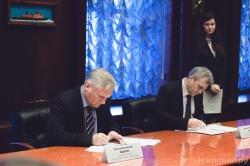 Подписание контракта о поставке двух реакторных ус