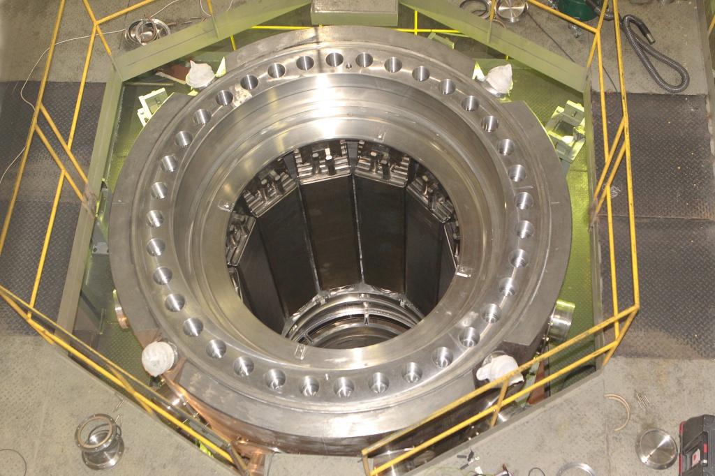 Самый новый авианосец «Шторм» снабдят атомными реакторами РИТМ-200