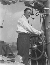 Граф Феликс фон Люкнер на борту шхуны