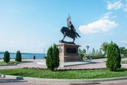 Набережная Самары. Памятник Григорию Засекину - пе