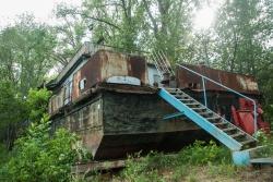 В прошлом баржа, ныне - жилые помещения