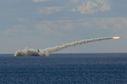 стрельба крылатой ракетой �