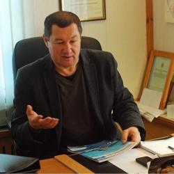 Валерий Валентинович Рзянин  генеральный директор