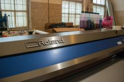 Широкоформатный плоттер Roland - новинка на произв