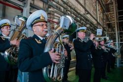 Начало торжественной церемонии закладки корабля