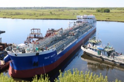 Четырнадцатый навашинский танкер-химовоз проекта R