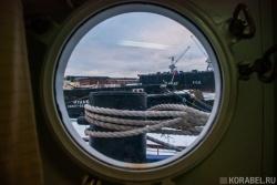 Иллюминатор в каюте капитана на судне