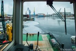 Вид с местного поста управления судна