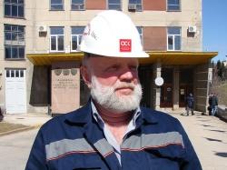 Начальник отдела охраны труда предприятия Евгений