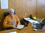 Виктор Михайлович Иванов в рабочем кабинете